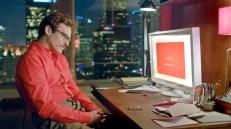Spike Jonze capta la soledad desde un punto de vista humano y catártico en 'Her'.